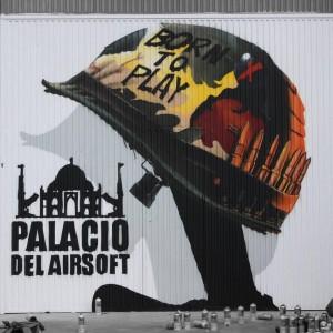 Portada derecha del Palacio del Airsoft
